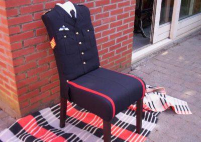 Eetkamerstoel bekleed met uniform
